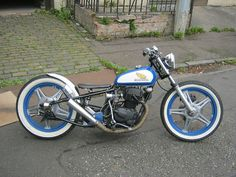 "Honda CB125 bobber by reddit user ""kevbarlas"" 