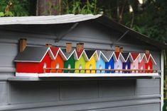 bird house village. it's like Brighton for birds! #birdhouses #birdhousetips