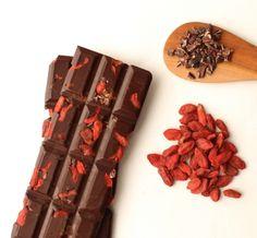 55% dark chocolate with goji berries, cacao nibs, cinnamon and Bourbon Barrel Smoked Sea Salt.