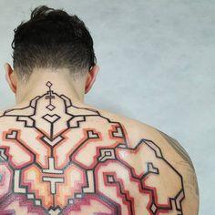 Brian Gomes - tattoos inspiradas nas tribos da Amazônia