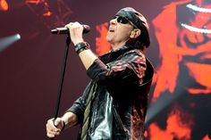 Scorpions on stage at the Zénith of Caen. The of April Quentin. Scorpions Live, Best Rock, The 4, Singers, The Voice, Stage, Concert, Singer, Recital