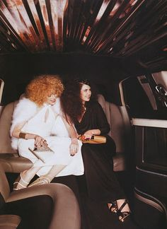 high fashion glam looks photo redhead white dress black long gown shoes disco rocker looks limo Heading to Studio 54 70s Fashion, Vintage Fashion, High Fashion, Studio 54 Disco, 1970s Disco, Disco Night, 70s Glam, Disco Party, Disco Ball
