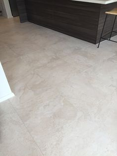 Tile Floor, New Homes, Flooring, Texture, Crafts, Surface Finish, Manualidades, Tile Flooring, Wood Flooring