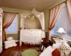 Toddler Girl Room Design, Pictures, Remodel, Decor and Ideas - page 30 Love the curtains