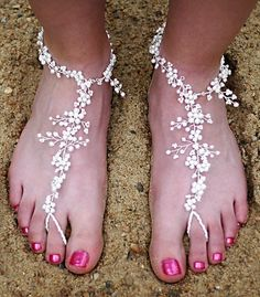 I'm not sure what these are, but they are so girly - totally unlike me, really - but so pretty!!!