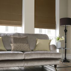 How to fit a Roman Blind http://www.drapes-uk.com/Blog/tabid/107/EntryId/22/How-to-fit-a-Roman-Blind.aspx