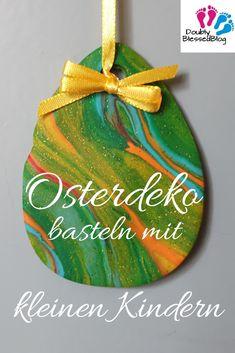 Osterdeko basteln mit kleinen Kindern 3 Ideas to make Easter decorations with little children. Diy Gifts For Kids, Easy Diy Gifts, Easter Crafts For Kids, Bunny Crafts, Craft Stick Crafts, Diy Crafts, Diy Osterschmuck, Diy Easter Decorations, Easter Centerpiece