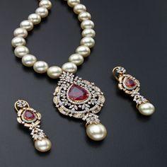 http://www.mangatraijewellery.com/products/bimg513456b138c85.jpg