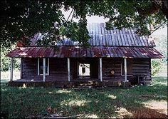 Another example of a dog trot cabin