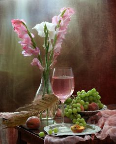 Still Life in Pink, flowers, fruit and wine favorite things Wine Photography, Still Life Photography, Art Du Vin, Wine Art, Wine Time, Wine Country, Wine Tasting, Pretty In Pink, Pink And Green