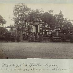 Nederlands-Indië, Dewatempel bij Tjakra Negara tijdens Lombok-expeditie 1894, anonymous - Rijksmuseum