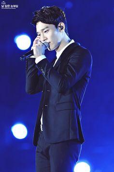 Chen - 150904 2015 Grand Hallyu Festival Credit: 널 닮은 눈부심. (2015 그랜드 한류 페스티벌)