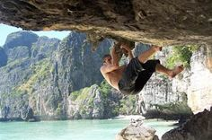 How to stay motivated daily - Top 10 tips for everyday motivation Krabi Thailand, Thailand Travel, Camp Rock, Phi Phi Island, Travel Information, How To Stay Motivated, Rock Climbing, Martial Arts, Camping