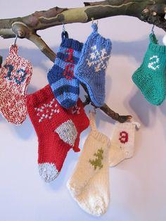 belinda advent   http://blog.loveknitting.com/adventures-in-advent-knitting/
