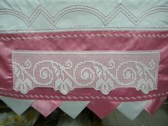 This post was discovered by Ay Bridal Lace Fabric, Embroidered Lace Fabric, Crochet Borders, Filet Crochet, Crochet Designs, Crochet Patterns, Lace Curtains, Designing Women, Floral Lace