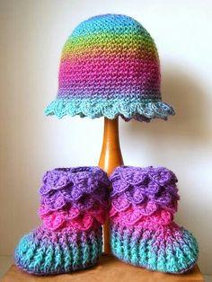 Crochet hat with croc booties