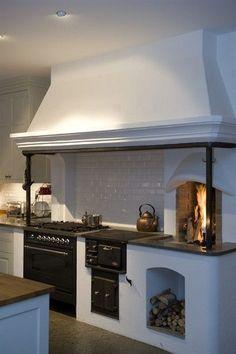 Woodcooker / vedspis in modern kitchen. Farmhouse Kitchen Decor, Country Kitchen, New Kitchen, Kitchen Dining, Swedish Kitchen, Farmhouse Style, Kitchen Modern, Farmhouse Design, Rustic Design