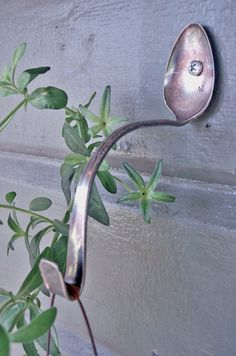 Spoon Hanger - I love this idea! http://www.upcyclethat.com/spoon-plant-hangers/188/#
