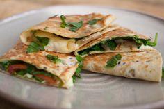 Zomerse quesadillas via @theanswerisfood