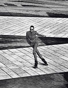 Paris Mon Amour: Aymeline Valade, Isabeli Fontana, Doutzen Kroes, Kati Nescher, Arizona Muse, Suvi Koponen, Anais Mali And Nadja Bender By Mario Sorrenti For Vogue Paris August 2012