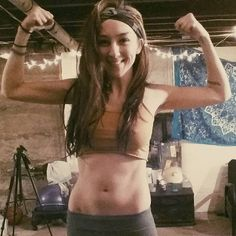 Hopefully this will be a progress shot at the beginning of 2017, as the year progresses I hope to gain more muscle and continue to learn more about yoga, eating well, and my own body. I'd also like to add a few more tattoos to my left arm.  * * * * #yoga #fitnessmotivation #fitness #fitgirl #fitgirls #yogini #yogini #selfie #diy #homegym #mandala #tattoos #tapestry #abs #hoopersofinstagram #hooping #holistic #healthy #health #greenbeauty #organicbeauty #organic #photography #tantra #feminism…