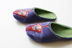 Magic Mushrooms wool felted slippers by OSmanufacture $78