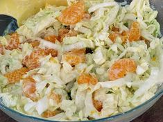 Chinakohlsalat mit Mandarinen Chinese cabbage salad with tangerines, a delicious recipe from the category vegetables. Healthy Potato Recipes, Vegetable Recipes, Mexican Food Recipes, Vegetarian Recipes, Ethnic Recipes, Spaghetti Recipes, Pasta Recipes, Cooking Recipes, Cabbage Salad Recipes