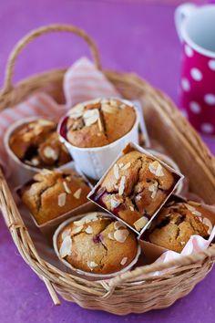 Muffins moelleux et fruités aux mûres, à indice glycémique bas