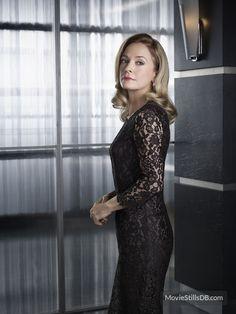 Arrow - Promo shot of Susanna Thompson
