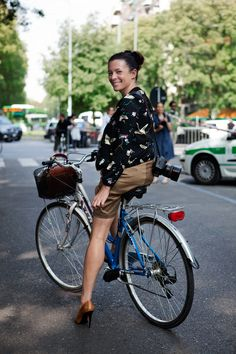 In heels, it is always better to bike than walk. Garance Dore on her bike. #StylishCycling