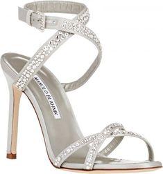 Sapatos de noiva Manolo Blahnik 2016: o máximo glamour para os seus pés Image: 6