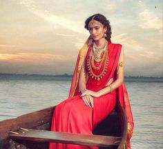 South Indian bride. Hindu bride. Tamil bride.Silk kanchipuram sari. Jhumki. Gold temple jewelry.