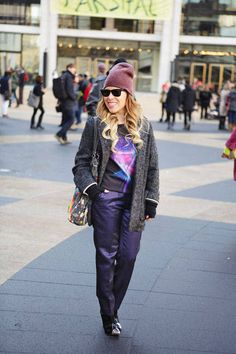 Different shades of purple and a statement tee make this look #streetstyle #NYFW #fashionweek