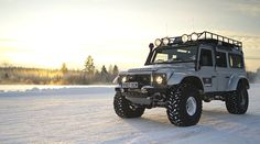 Land Rover Defender Big Foot