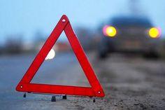 В Благовещенске разбилась «Тойота», которая не остановилась по требованию сотрудника ДПС. В результате аварии пострадали трое человек.