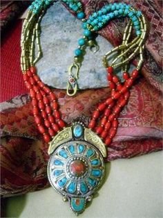 Goregous Tibetan Jewelry Necklace
