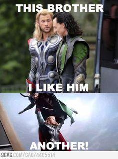 Imagem de thor, loki, and chris hemsworth Loki Meme, Avengers Humor, Loki Thor, Funny Marvel Memes, The Avengers, Dc Memes, Marvel Jokes, Tom Hiddleston Loki, Loki Laufeyson