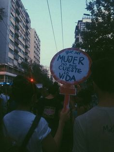 QUE NO #CUESTE Powerful Images, Powerful Women, Social Issues, Social Work, Feminist Men, Protest Signs, Power Girl, Black White Photos, Revolution