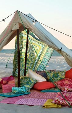 I want to make a blanket fort at the beach! Anyone else?