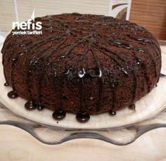 Düdüklüde Kek Tarifi Poke Cakes, Lava Cakes, Fudge Cake, Brownie Cake, East Dessert Recipes, Desserts, Custard Cake, Gingerbread Cake, Oven Baked