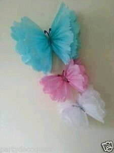party hanging ceiling decorations tissu e paper pom poms rainbow birthday Tissue Paper Crafts, Tissue Paper Flowers, Paper Butterflies, Diy Paper, Papel Tissue, Paper Poms, Beautiful Butterflies, Tissue Paper Pom Poms Diy, Butterfly Birthday Party