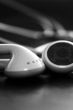 imagenes blanco y negro tumblr | Descargar Blanco y Negro, auriculares iPhone tecnologia musica gris bn ...