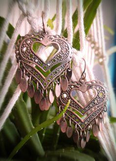 Kaufe meinen Artikel bei #Kleiderkreisel http://www.kleiderkreisel.de/accessoires/ohrringe/136411634-kuperfarbene-boho-herz-ohrringe-mit-tollen-floralen-details