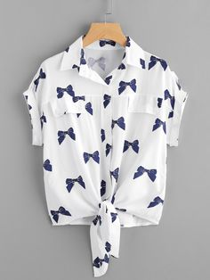 Knotted Hem Bow Print Shirt - French Shirt - Ideas of French Shirt - Knotted Hem Cuffed Bow Print ShirtFor Women-romwe Girls Fashion Clothes, Teen Fashion Outfits, Kids Outfits, Girl Fashion, Fashion Dresses, Ootd Fashion, Style Fashion, Crop Top Outfits, Cute Casual Outfits