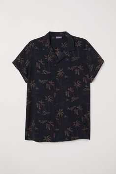 H&M H & M - Short-sleeved Resort Shirt - Black/palm trees - Men Hipster Outfits Men, Summer Outfits Men, Stylish Mens Outfits, Grunge Outfits, Summer Men, Hipster Clothing, Rock Outfits, Emo Outfits, Argyle Sweater Vest