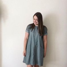 My new rolled-cuff Farrow Dress is up on the blog, including lots of pictures and some details on the alterations I made! . This was such a fun make and my inner sewing nerd is obsessed with the pocket construction. Pattern is available in the shop, along with the full @grainlinestudio collection! . . #shoplamercerie #makeanddo #makeallthethings #memade #imakemyownclothes #handmadewardrobe #memadeeveryday #sewing #sewersofinstagram #sewcialists #artgalleryfabrics #grainlinestudio…