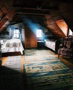 10 Daring Cool Tips: Attic House attic low ceiling exposed beams. Attic Bedroom Decor, Attic Bedrooms, Attic Playroom, Attic Bathroom, Bedroom Furniture, Garage Attic, Bedroom Ideas, Attic Renovation, Attic Remodel