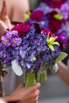For some added color to your wedding, add some stunning hydrangeas to your bouquet!