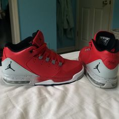 online retailer d0300 ee30b Jordan Shoes   New Red And Black Flight Jordan S!   Color  Black Red    Size  8