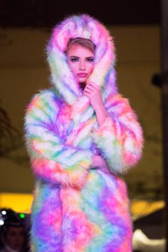 northern lights couture Unicorn Clothes, Unicorn Outfit, Winter Coats, Pastel Goth, Furs, Nice Dresses, Northern Lights, Cool Outfits, Fur Coat